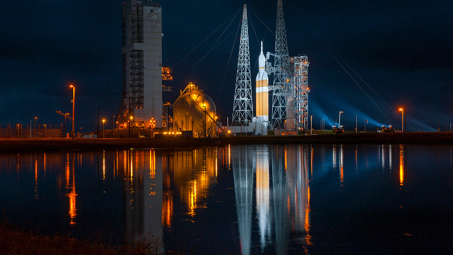 View of Orion EFT-1 at SLC-37 before its launch on December 5, 2014. (ULA)