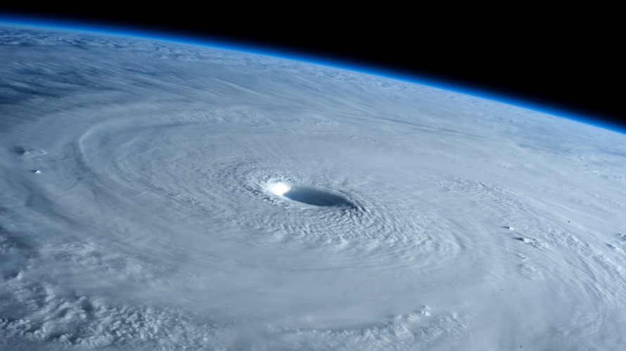 A view of Typhoon Maysak from the ISS on March 31, 2015. (Earth Science and Remote Sensing Unit NASA-JSC)