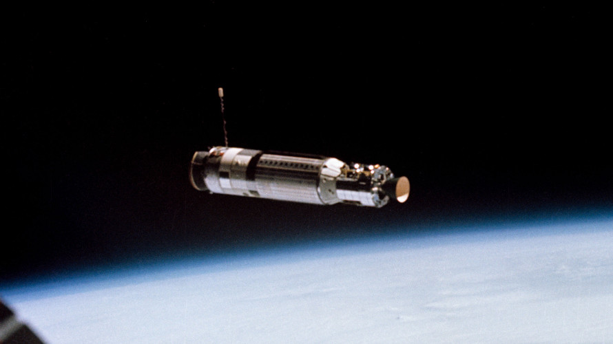 The view of Agena 5003 as Gemini 8 closes in ofr the first docking in space on March 16, 1966. (NASA)